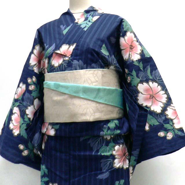 Yukatas für Frauen - Sommerkimonos