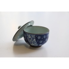"Teeschale ""Sakura Komon"" mit Deckel - Arita Porzellan"