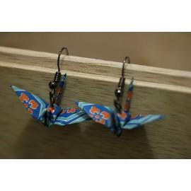 "Ohrringe ""ORIZURU"" Blau mit Blumen - Origami Kranich"