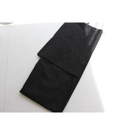 Yukata für Männer in Schwarz mit weissen Streifen